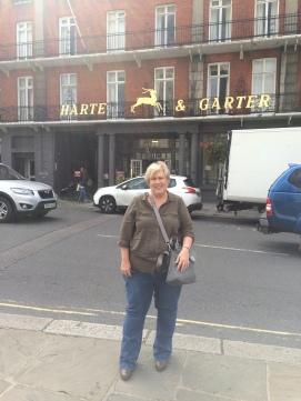 Since I'm writing a series about a town I'm calling Harts Leap, I had to take a picture in front of this pub!